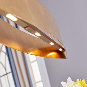 Attraktive, goldfarbene LED-Pendellampe Lio