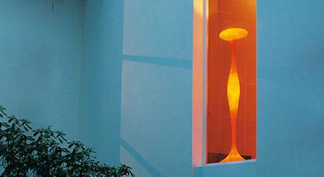 Kundalini E.T.A. - ausgesuchte Stehleuchte orange