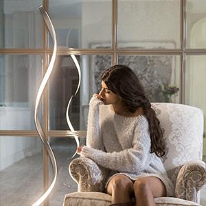Atemberaubende LED-Stehleuchte Nur - dimmbar