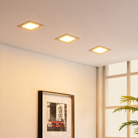 LED-Einbaustrahler im Flur