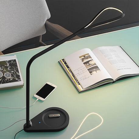 Fontana Arte Kinx multifunktionelle LED-Tischlampe