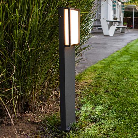 Qubo - LED-Wegeleuchte in geradlinger Form