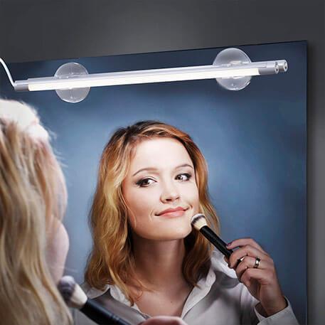Wie wird die Spiegelleuchte richtig angebracht?