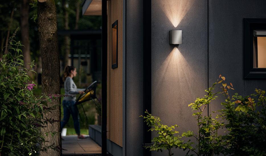 Was sind die Vorteile von Leuchten aus Edelstahl?