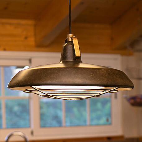 Energieeffiziente LED-Hängeleuchte Plec, IP44