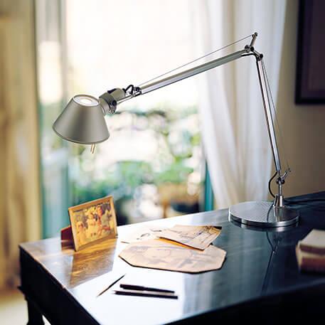 klassische LED-Tischleuchte