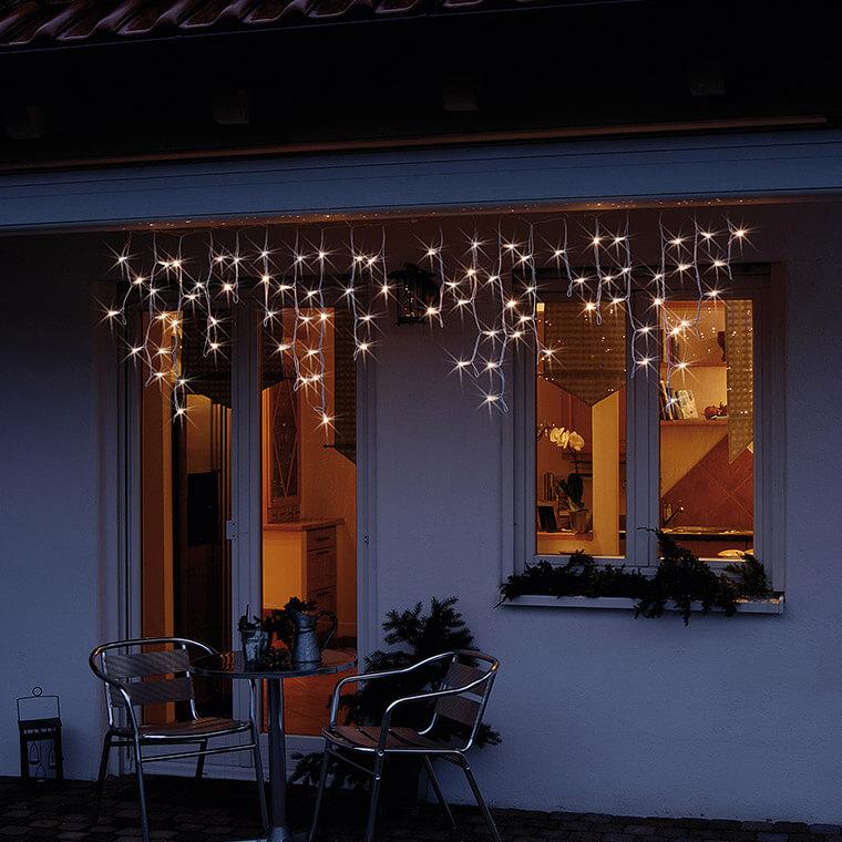 Stimmungsvoller-LED-Eislichtvorhang