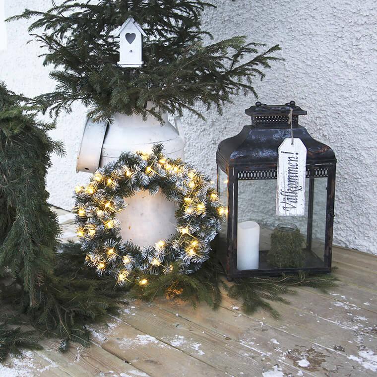 Weihnachtskranz-außen